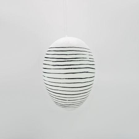 Κρεμαστό Πασχαλινό αυγό ριγέ Λευκό - Μαύρο 20cm