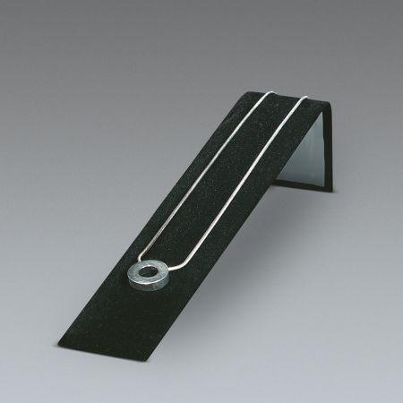 Σταντ παρούσιασης επικλινές για βραχιόλια-ρολόγια Μαύρο 5x4x20.5cm
