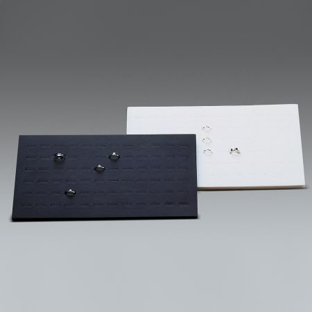 Βάση παρουσίασης για δαχτυλίδια Μαύρη 36x20x2,5cm
