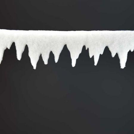 Διακοσμητική γιρλάντα με σταλακτίτες από βάτα 2cm/100x15cm