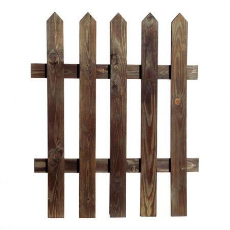 Διακοσμητικός ξύλινος φράχτης.