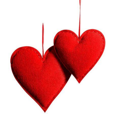 Σετ 2τχ διακοσμητικές καρδιές από τσόχα Κόκκινη 40x35m 30x27cm