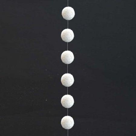 Χριστουγεννιάτικη γιρλάντα με 6 χιονόμπαλες 8cm/200cm